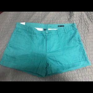 Gap shorts New with tags size 14